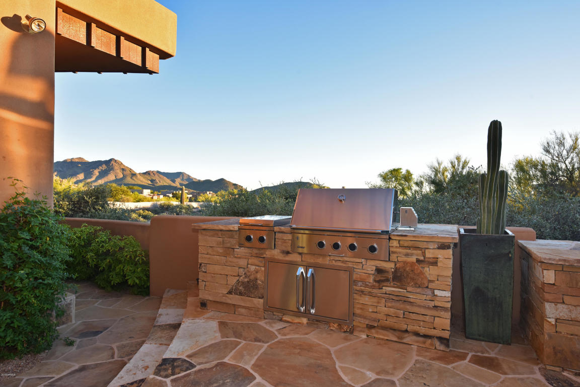 built in outdoor grill